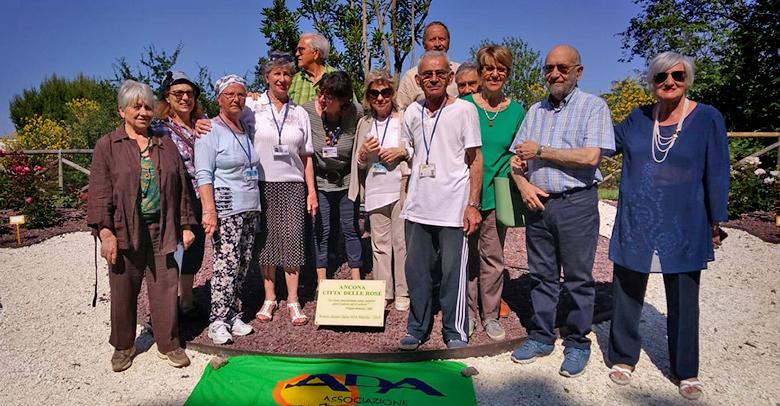 """Un roseto per la """"Cittadella"""" realizzato dai volontari dell'ADA Marche"""