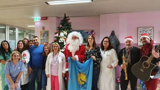 Lamezia Terme: Ada in visita ai bambini in ospedale